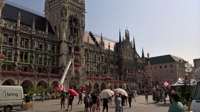 München liegt in München.